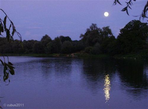 Mond01